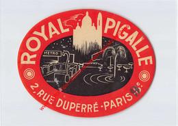 Paris - Royal Pigalle - Rue Duperré - Hotel Label - France - Adesivi Di Alberghi