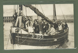 CARTE POSTALE PHOTO 76 SEINE MARITIME LE TREPORT AOUT 1930 DEPART POUR UNE BALLADE EN MER - Le Treport