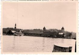 Photo Originale Constance (Konstanz) Ville D'Allemagne Bade-Wurtemberg Et Son Quai Pour Bateau à Roues Vapeur 1940's - Lieux