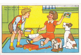 BP34. Dutch Postcard. Girl Showing Her Brother Her Painting. - Children And Family Groups