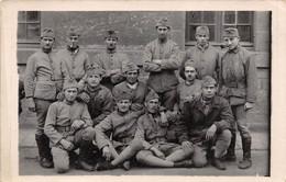 CARTE PHOTO MILITAIRE    71 E REGIMENT - Regimente