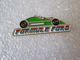 PIN'S    FORMULE  FORD   VERTE - Ford