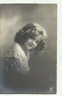 Meisje - Fillette - Stijl Grete Reinwald , Nr 2091/5  ( 2 Scans) - Portraits