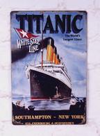 USA Color Metal/tin Plate 'Titanic - The World's Largest Liner' - 30 X 20 Cm - Plaques En Tôle (après 1960)