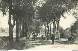 Viêt-Nam Cochinchine. CHOLON. La Route De Saïgon Avec Pousse-pousse Vers 1910... Impeccable Et Vierge - Vietnam