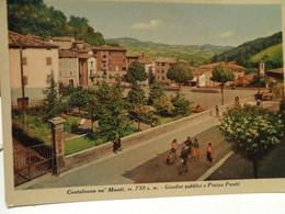 Cartolina Castelnovo Ne' Monti Prov Reggio Emilia   Giardini Pubblici E Piazza Peretti 1952 - Reggio Emilia