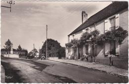 70. Pf. BUCEY-LES-GY. Monument Aux Morts - Otros Municipios