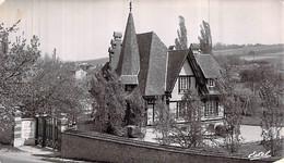 Cpsm 78] Yvelines > Beynes La Villa Le Clôs Normand - Beynes