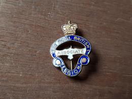 MILITARIA INSIGNE THE ROYAL BRITISH LEGION ASSOCIATE - 1914-18