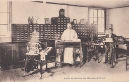 162 - Original  B&W - Sainte-Foy Québec - Atelier Missions D'Afrique - Pères Blancs - Religion - 2 Scans - Québec - Sainte-Foy-Sillery