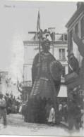 DOUAI - GAYANT - CARTE PRECURSEUR - SUPERBE ANIMATION - DEBUT 1900 - Douai