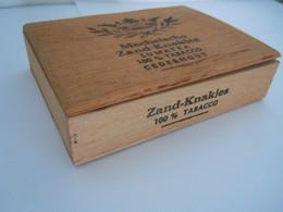 Mechelsche Zand-Knakjes Sumatra Houten Kist Voor Sigaren Cederhout Boïte En Bois Pour Cigares 13 X 10 X 3,2 Cm - Scatola Di Sigari (vuote)