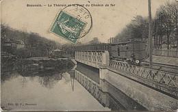 X122193 OISE BEAUVAIS LE THERAIN ET LE PONT DE CHEMIN DE FER AVEC TRAIN ? WAGGON ? WAGGONS ? VOIE FERREE - Beauvais