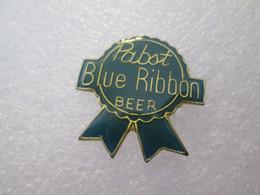 PIN'S     BIERE BEER   BLUE RIBBON - Birra