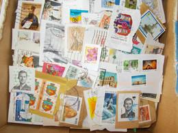 1 Kg Timbres Monde Sur Fragments - Alla Rinfusa (min 1000 Francobolli)