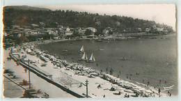 19571 - LE LAVANDOU - CPSM - LA PLAGE - Le Lavandou