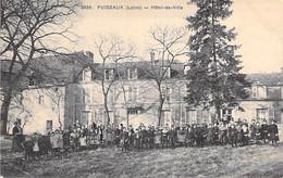 45 - PUISEAUX : Hotel De Ville ( Animation : Important Groupe D'Ecoliers ) CPA Village ( 3.385 Habitants) - Loiret - Puiseaux