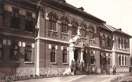 PITESTI / ARGES : LICEUL I. C. BRATIANU - CARTE VRAIE PHOTO / REAL PHOTO POSTCARD ~ 1935 - RRR !!! (ah351) - Rumania