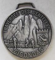Médaille En Aluminium ,Traversée Des Dentelles 1989. Gigondas. 84 Vaucluse. - Athletics