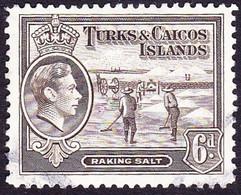 TURKS & CAICOS ISLANDS 1945 KGVI 6d Sepia SG201a FU - Turks & Caicos