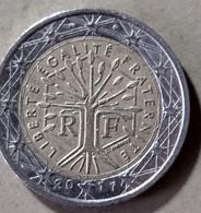 2011/425 - FRANCIA  - MONETA IN EURO - DEL VALORE DI EURO  2,00  - CIRCOLATA - - France