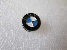 NO  PIN'S    BOUTONNIÈRE   BMW - BMW