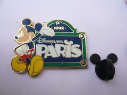 Big  Pin S DISNEY PARIS  TBQ - Disney