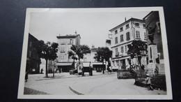 COURS - Place Du Centre - Cours-la-Ville