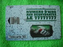 7082 Télécarte Collection 7UP Numéro D'aide Aux Déshydratés SévenUP   (Boisson) 50u  ( Recto Verso)  Carte Téléphonique - Alimentazioni