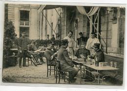 28 CHARTRES ? Nos Sous Officiers Attendant Le Rapport Jeux De Cartes 1907 Editeur Marchand Et Deprun Chartres  D13  2021 - Chartres