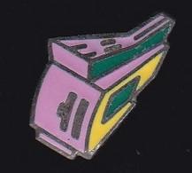 71103-Pin's. à Identifier. - Informatica