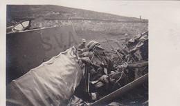 AK Foto Abgestürzter Flieger - Wrack - 1. WK (56469) - War 1914-18