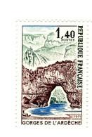 Gorges De L'Ardèche YT 1687 + 1687b GOMME MATE + Normal . Voir Le Scan . Cotes YT : 41 € Maury , N° 1689 + D : 45.90 € - Abarten: 1970-79 Ungebraucht