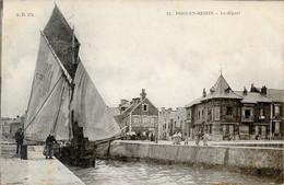 14 Port-en-Bessin - Le Départ Bateau Chalutier Port 1907-07-07 Animée TB - Port-en-Bessin-Huppain