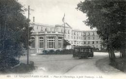 1G.....LE TOUQUET-PARIS PLAGE. Place De L'Hermitage.Le Petit Tramway - Le Touquet