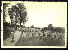TERVUEREN - TERVUREN - Colonie Eugène De Grünne - Jeux Dans La Prairie - Circulé - Circulated - Gelaufen - 1947. - Tervuren
