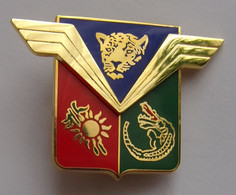 Insigne Militaire Aviation Armée De L'Air ETOM 68 GUYANE - Forze Aeree