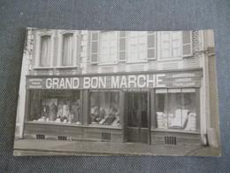 Abbeville  Carte Photo    Grand Bon Marché  Mme  Leveille Catel - Abbeville