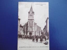St - MARTIN De VALAMAS  ( ARDECHE ) N° 9138 Une Sortie De Messe - Lamastre