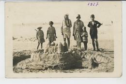 FORT MAHON PLAGE - Belle Carte Enfants Posant Sur La Plage Devant Leur Château De Sable En 1927 - Fort Mahon