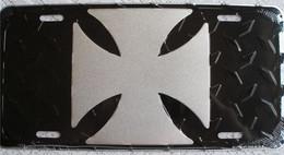 USA Famous Metal (tin) License Plate 'Maltese Cross' - Special US Edition - New - Plaques En Tôle (après 1960)
