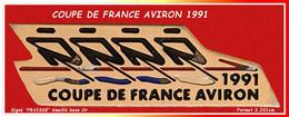 SUPER PIN'S AVIRON : Emis Lors De La COUPE DE FRANCE AVIRON En 1991, Signé FRAISSE En émail Base Or, Format 3,2X1cm - Remo
