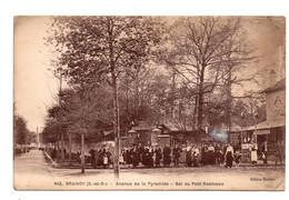 Brunoy.  Avenue De La Pyramide.Bal Du Petit Robinson. - Brunoy