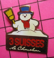 SP18 Pin's Pins / Beau Et Rare / THEME : NOEL / BONHOMME DE NEIGE 3 SUISSES LE CHOUCHOU - Natale
