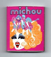 """Ancienne Boîte D'allumettes """" Chez MICHOU """" (Voir Photos Et Description) - Matchboxes"""