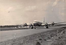 """2185""""FOTO-  AEREO QUADRIMOTORE IN PARTENZA POZZUOLI  CAPODICHINO""""  ANNI 50 - Aviation"""
