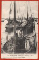 BARFLEUR. Préparatifs De Pêche - Fishing Boats