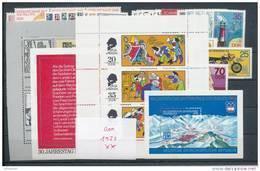 DDR Jahrgang 1975 ** Komplett Mi. 35,- - Unused Stamps