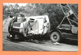 PHOTO RETIRAGE DES ANNÉES 50 60 - ACCIDENT DE CAMION BERLIET - CRASH TRUCK - Auto's