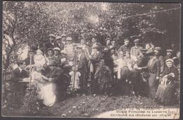 CPA  Suisse, LAUSANNE Dames Françaises De Lausanne Distribuant Des Vetements Aux Refugies. 1914 - VD Vaud